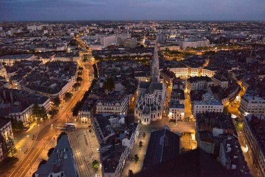 Blick auf Nantes von oben mit Kathedrale